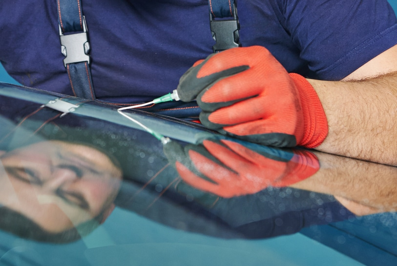 Windshield Repair specialist